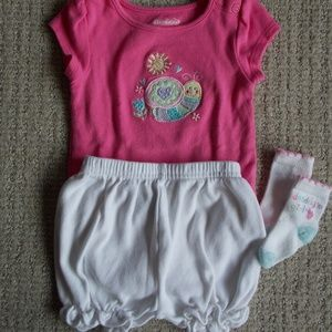 Adorable Baby Girl's Outfit 0-3 Months
